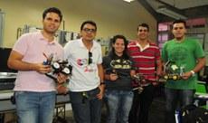 Raphael, Romualdo, Manuely, Natanael e Josielho.