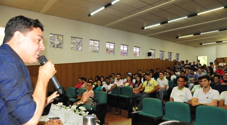 Ex-alunos que se tornaram empreendedores de sucesso partilharam suas experiências no Campus Cajazeiras.