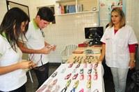 Alunos realizam exames de vista e recebem óculos através de ação do Campus Cajazeiras.