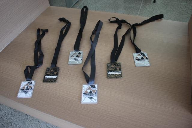 Medalhas de prata e bronze
