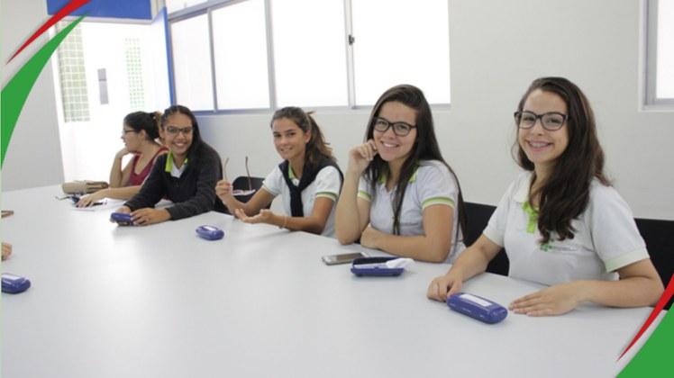 Dezenas de alunos foram beneficiados pela ação da Coordenação de Assistência ao estudante do campus. Iniciativa possibilita melhorias no rendimento escolar