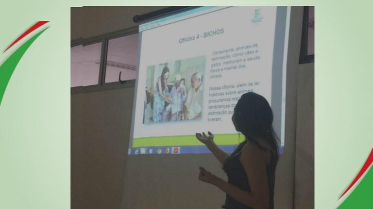 aluna apresenta trabalho em concgresso de extensão