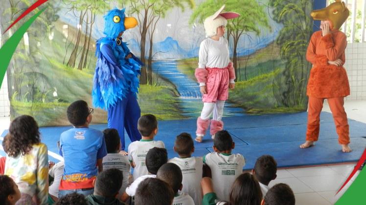 """""""Alvoroço na floresta"""" faz parte de um projeto de extensão que irá passar por escolas municipais de Campina Grande"""