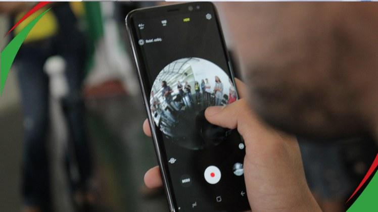 A iniciativa é da ONG Recode em parceria com o Facebook que doou os equipamentos para a produção dos documentários