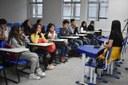 jornalista Roberta Lucena palestra para alunos.jpeg