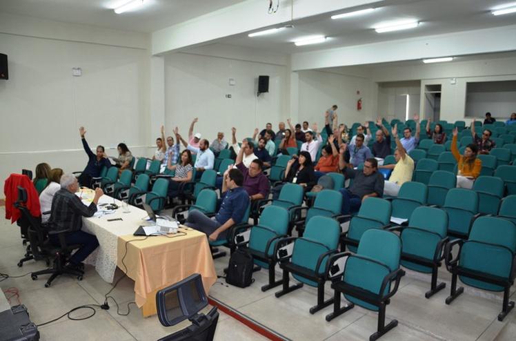 O reitor do Instituto Federal da Paraíba, professor Nicácio Lopes, acaba de anunciar a suspensão imediata das aulas no IFPB.