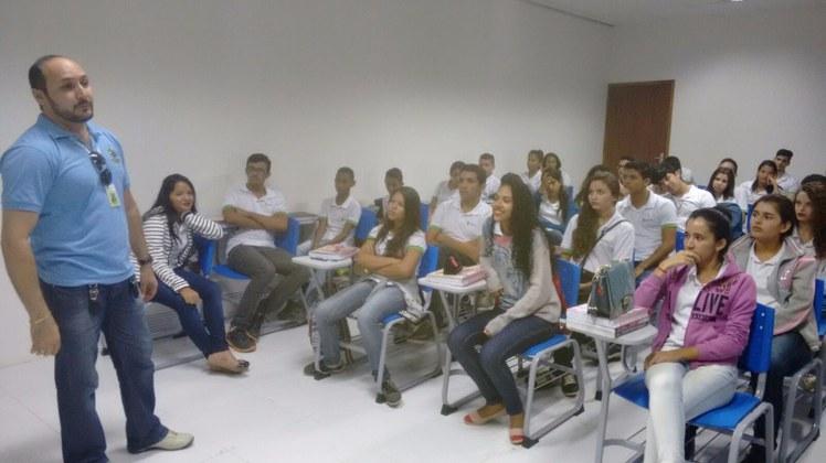 1º dia de aula Campus Itaporanga.jpg