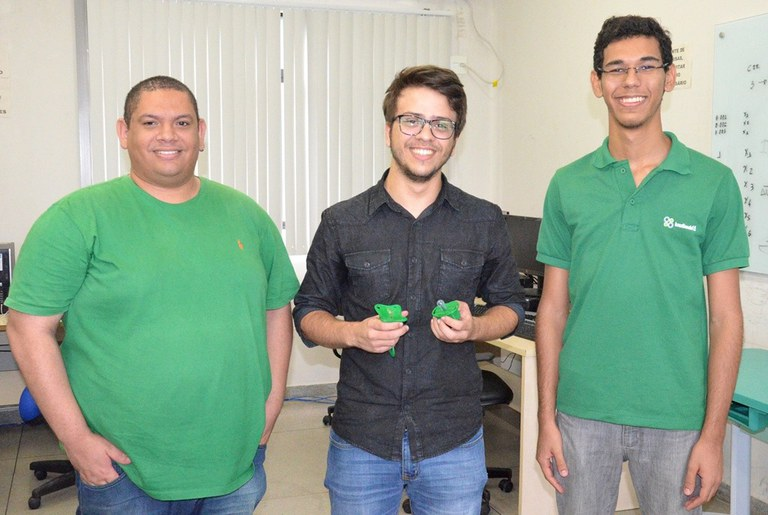 """Agora, os alunos vão apresentar o projeto """"Bubu Digital"""" em Cambridge, durante a Brazil Conferece"""