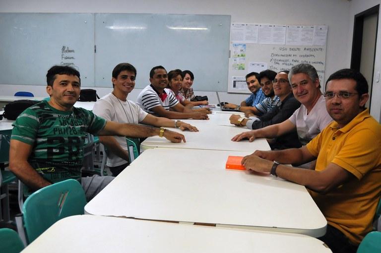 Parte da equipe de professores da área de matemática.