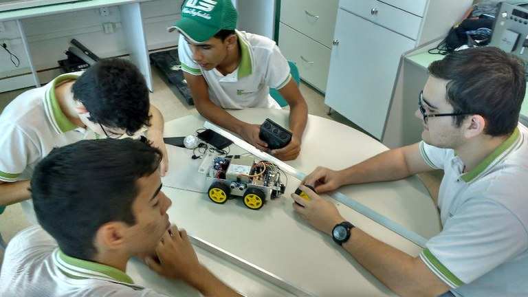 Robotica em Picui principal.jpg