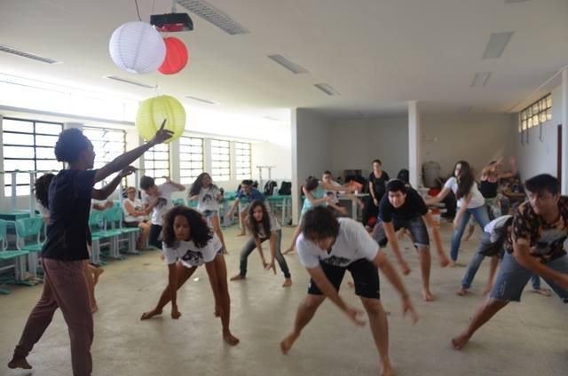 Oficina de dança1.jpg