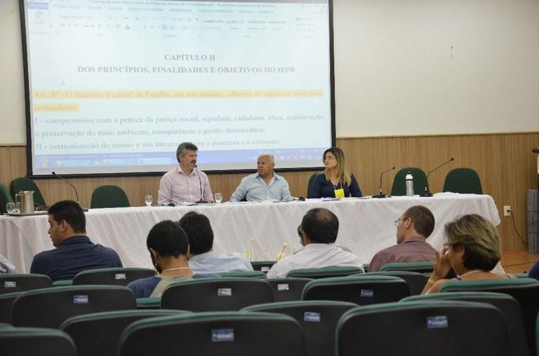 Comunidade acadêmica do Instituto Federal da Paraíba realiza a plenária final da Regimentuinte e produzirá o texto que norteará o funcionamento do IFPB nos próximos anos.