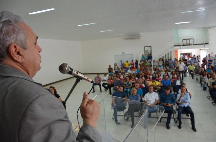 Governo do Estado, deputados federais, prefeitos, vereadores e lideranças comunitárias do Vale do Sabugi e do IFPB prestigiaram o evento