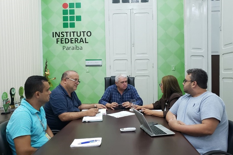 O IFPB assegura os pagamentos de progressões da carreira e benefícios dos professores e técnico-administrativos da Instituição