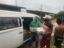 entrega de cestas no bairro Castelo Branco - coletivo pachamama.jpg