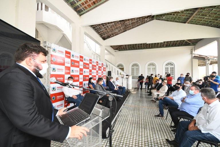 Reitor Nicácio Lopes e diretor do Polo de Inovação Erick Melo atenderam convite do Governo da Paraíba