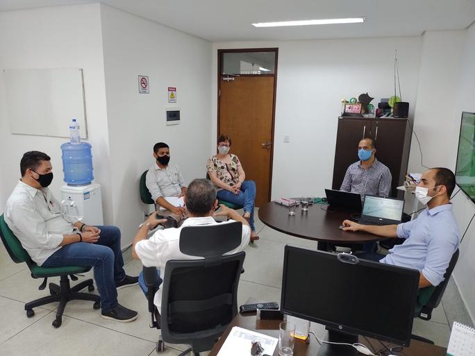 Reunião entre os representantes do Campus Santa Rita e da Usina São João