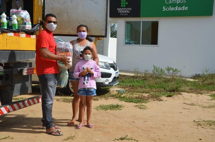 Famílias foram beneficiadas nas cidades de Areia, Monteiro, Picuí e Soledade
