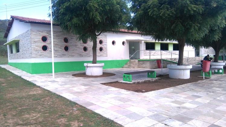 Bloco de aulas de Educação Física.