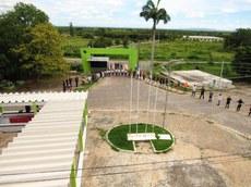 Comunidade acadêmica do Campus Sousa participa de abraço simbólico na unidade São Gonçalo